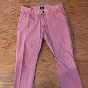 Gap Lived in tapered khaki size 33/32